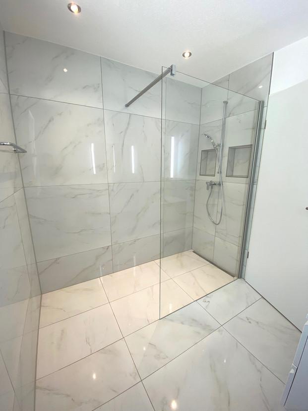 4. Dusche EG 2-FH Derendingen.jpg