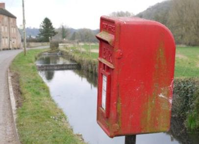 postbox1.jpg