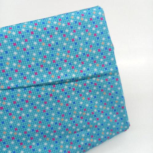 Topos de colores fondo turquesa