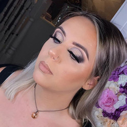Smokey glam for _taradobbsx 😍🤩 Have a