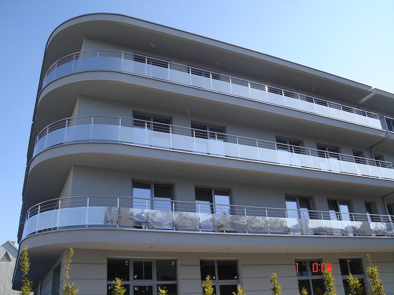 Residential *1 R8