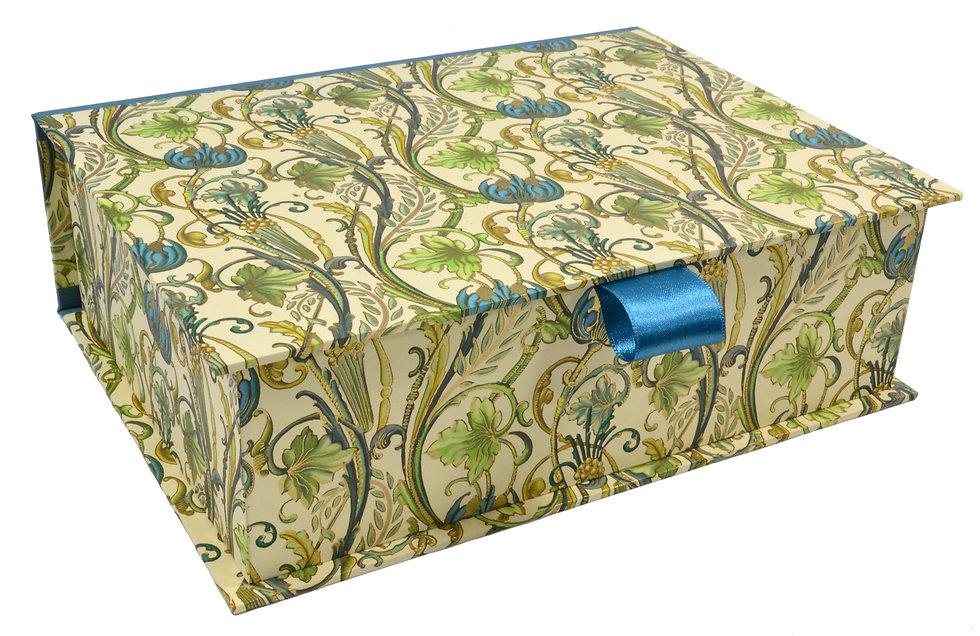 Hinged Lid Box