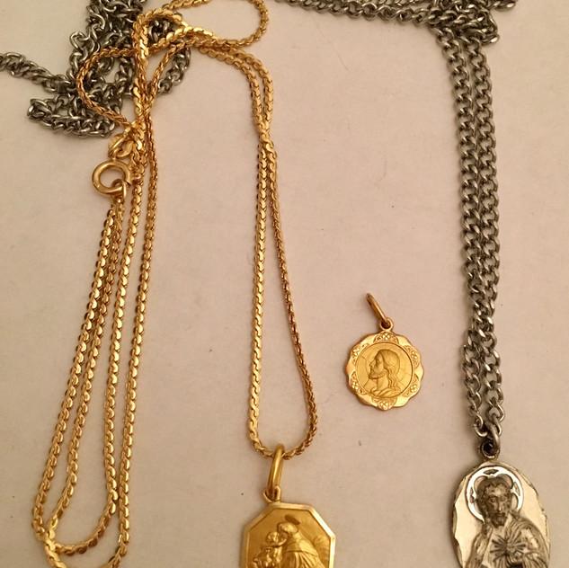 14kt medallions