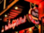 Die Kiez-Kapitän Reeperbahn Tour durch St. Pauli. Kieztour Hamburg mit HamburgCARD Rabatt. Beste Bewertungen Hamburg Touren. Stadtführung zur Elbphilharmonie. Tripadvisor, Google und Eventim beste Bewertungen.