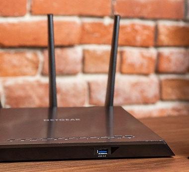router-vs-modem-top-2x1-lowres1024-8962.