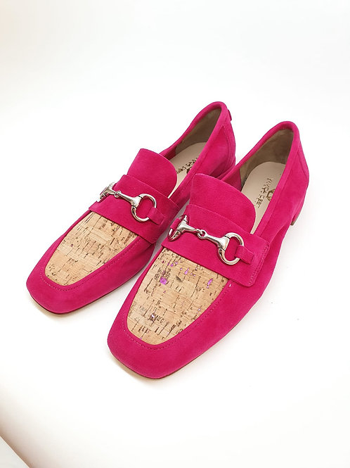 WIVICA Suede Loafer