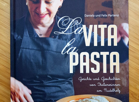 La vita la pasta-Italienische Hausfrauen verraten ihre Pastageheimnisse und erzählen ihre Geschichte
