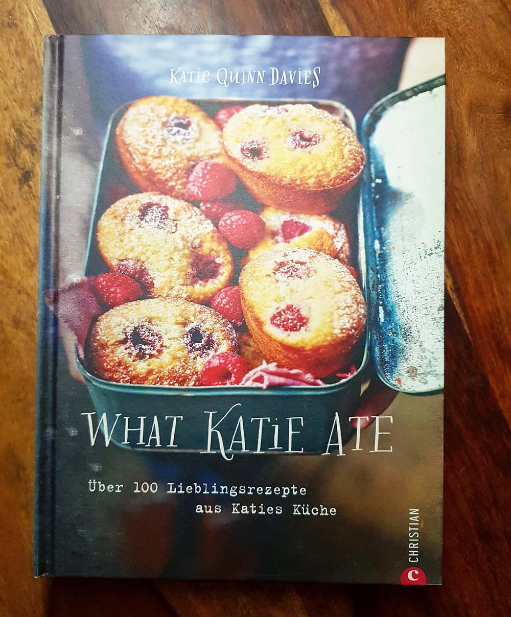 """""""What Katie Ate"""" von Katie Quinn Davies"""