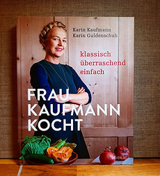 Frau Kaufmann kocht.jpg