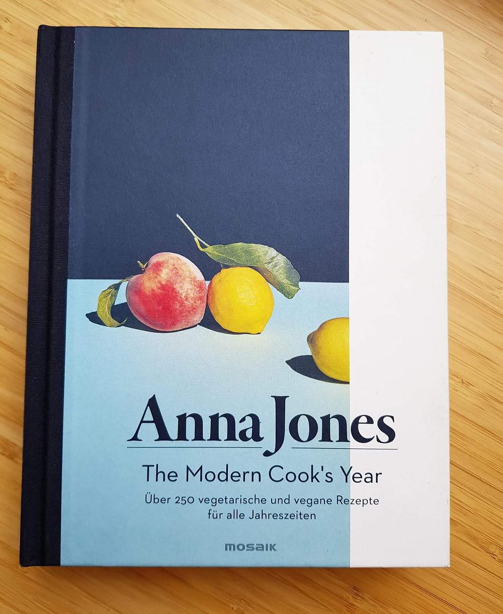 """""""The modern cooks year!"""" Von Anna Jones"""