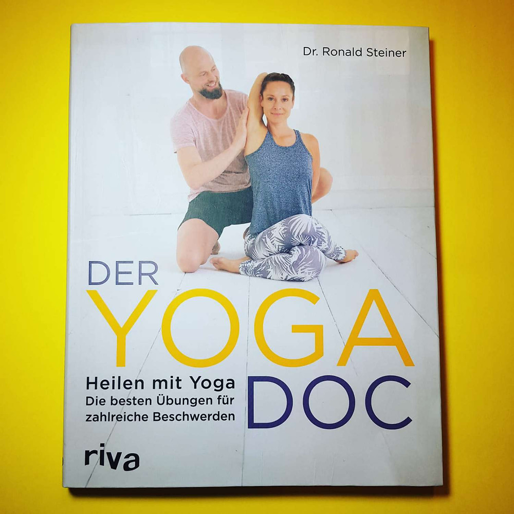 """""""Der Yoga Doc"""" von Dr. Ronald Steiner"""