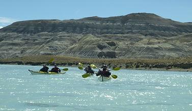 Kayak en Patagonia, kayak in El Calafate, Argentina, Kayaking in Patagonia, Santa Cruz, kayak in Chaltén