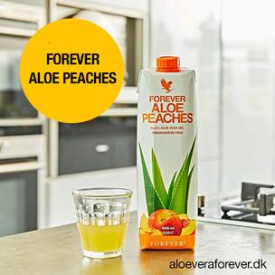 Forever_Aloe_Peaches_på_køkkenbord.jpg