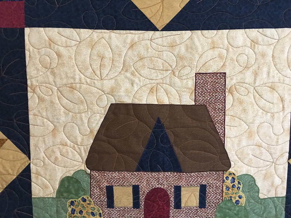 Leaves quilting pattern on Home Sweet Home Quilt by Andi Hays