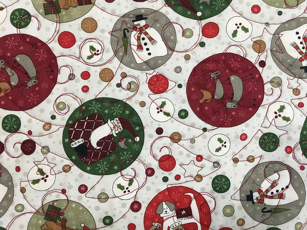 Christmas trees quilting pattern on Christmas Table Topper Quilt by Cynthia Parra