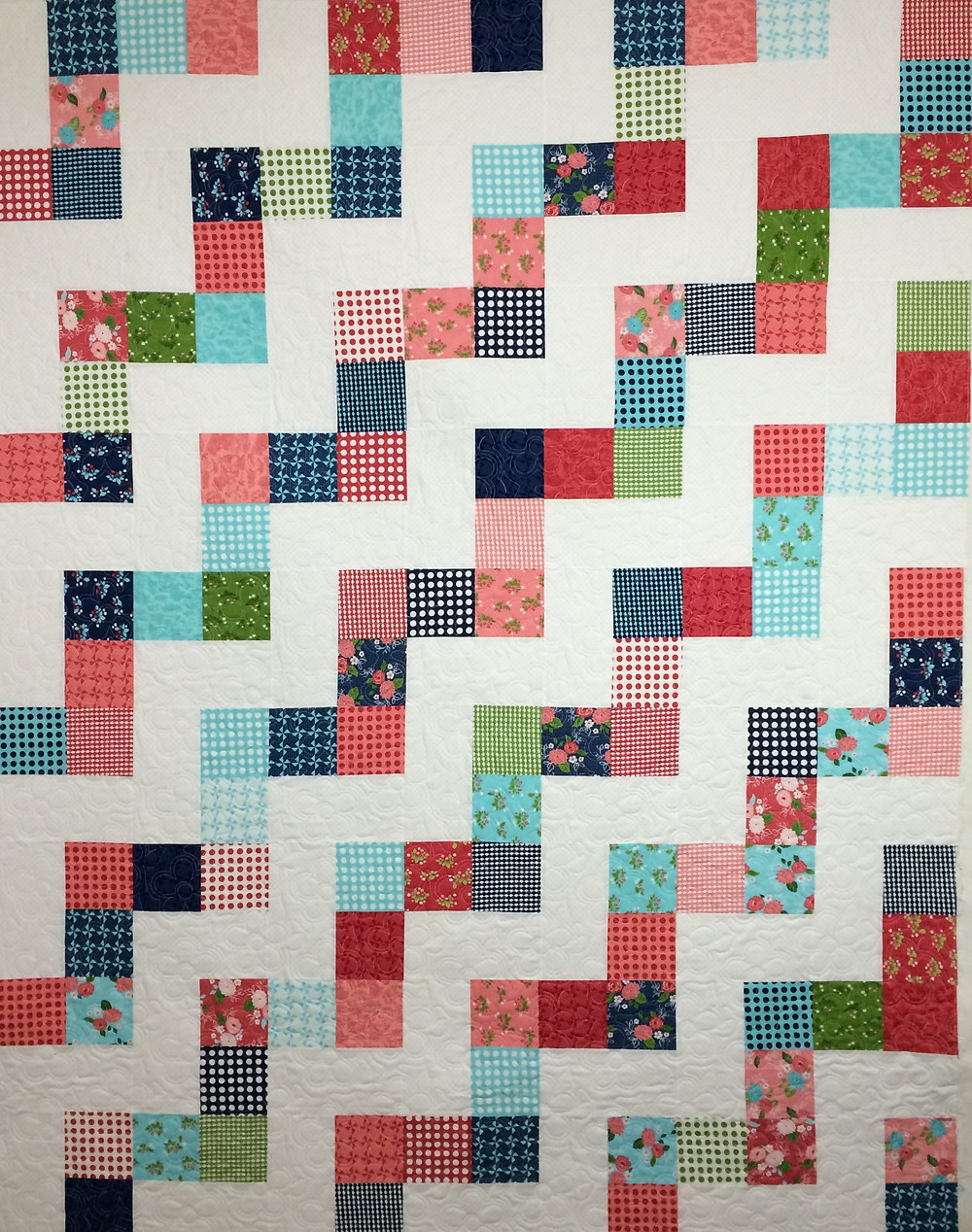 No Bake Gooseberry Quilt in scrappy prints