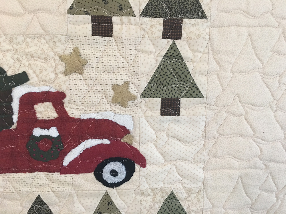 Christmas Trees quilting pattern on Vintage Tree Farm Quilt
