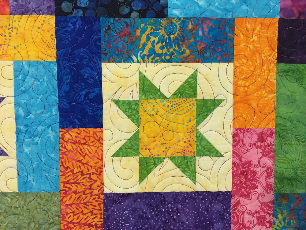 Circles and Pearls Quilting pattern on Festival Quilt by Marian Loep