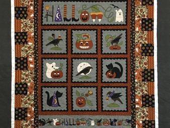 Leslie St.Onge Halloween Quilt