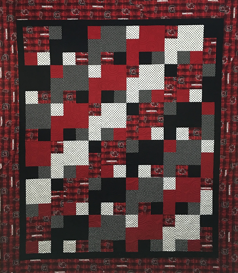 Anna Carolina College Quilt in red and black