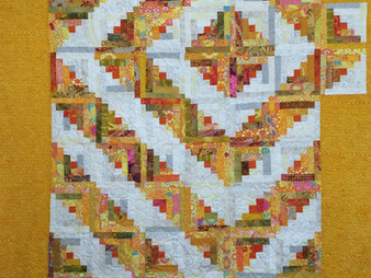 Sue Antle Yellow and White Log Cabin Quilt