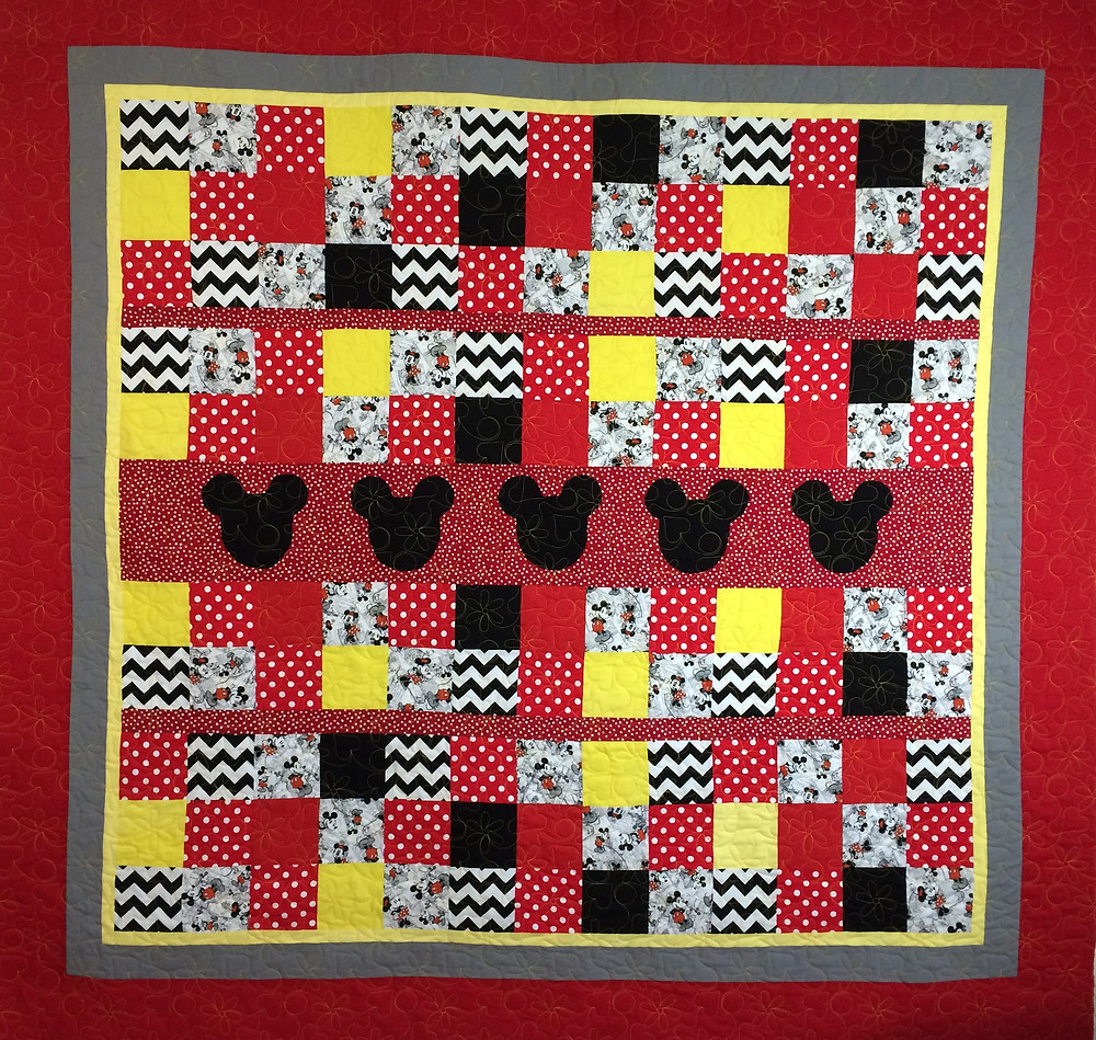minnie mouse quilt  with colorful squares