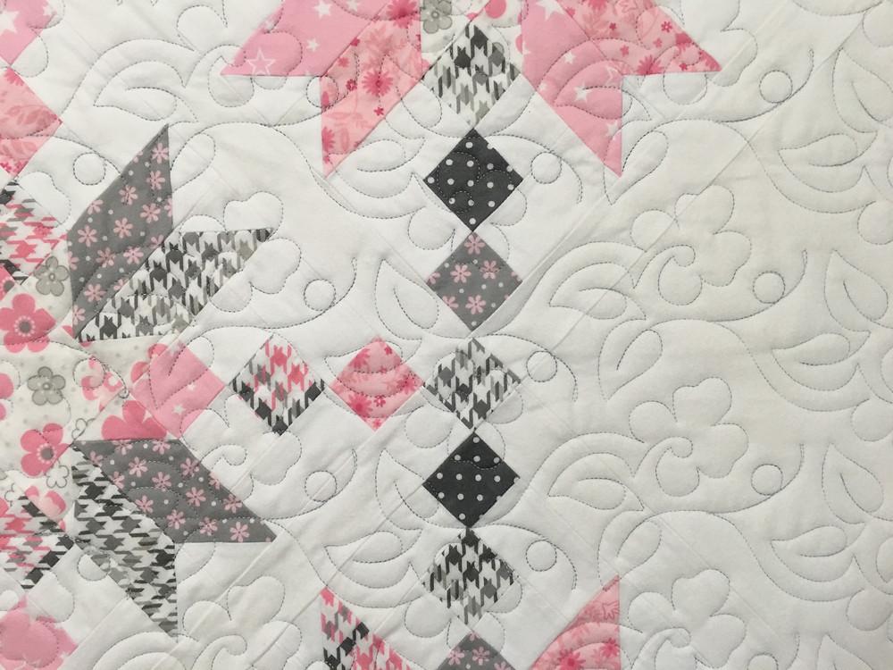 close up of Leslie Double Arrow Quilt