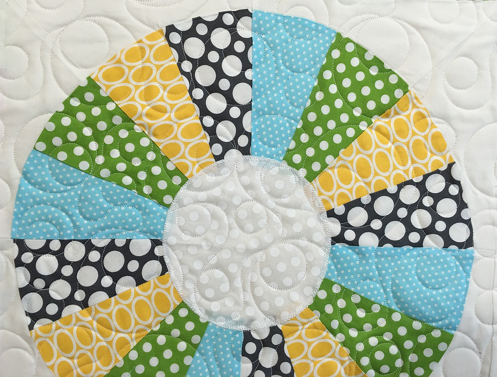 close up of Bella Craftsy Block with Circle Quilting