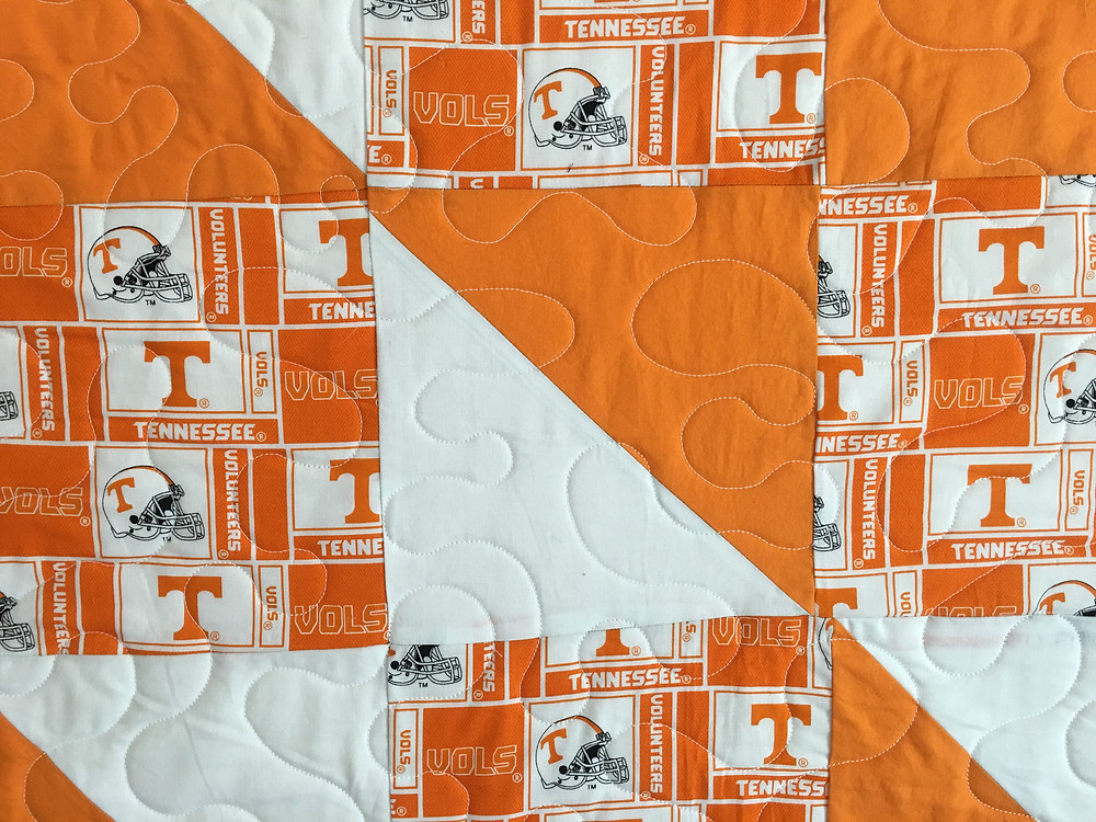 Meander Quilting Pattern on University of Tennessee Quilt by Jefferson Sutton