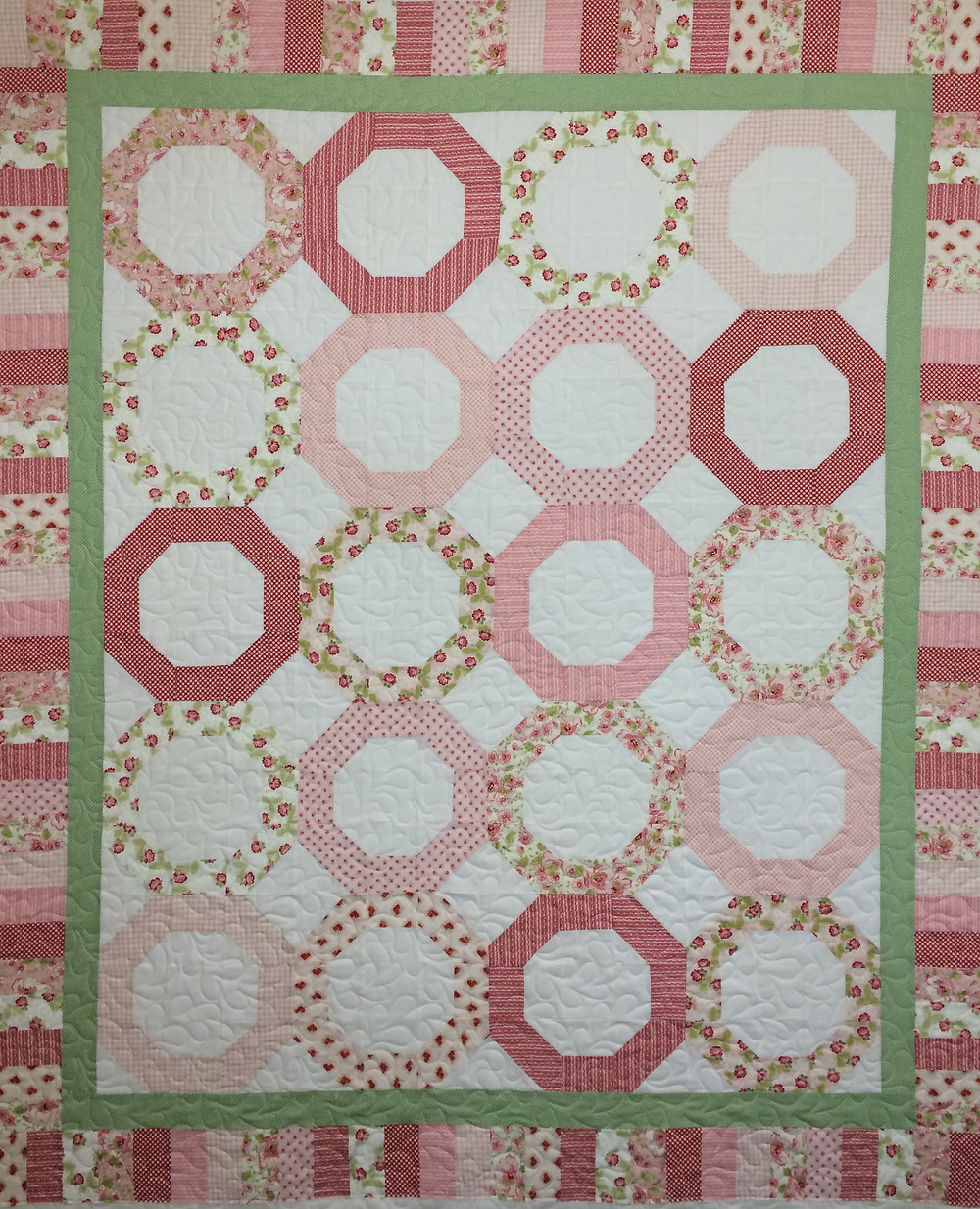 Linda Wedding Rings in Pink Quilt