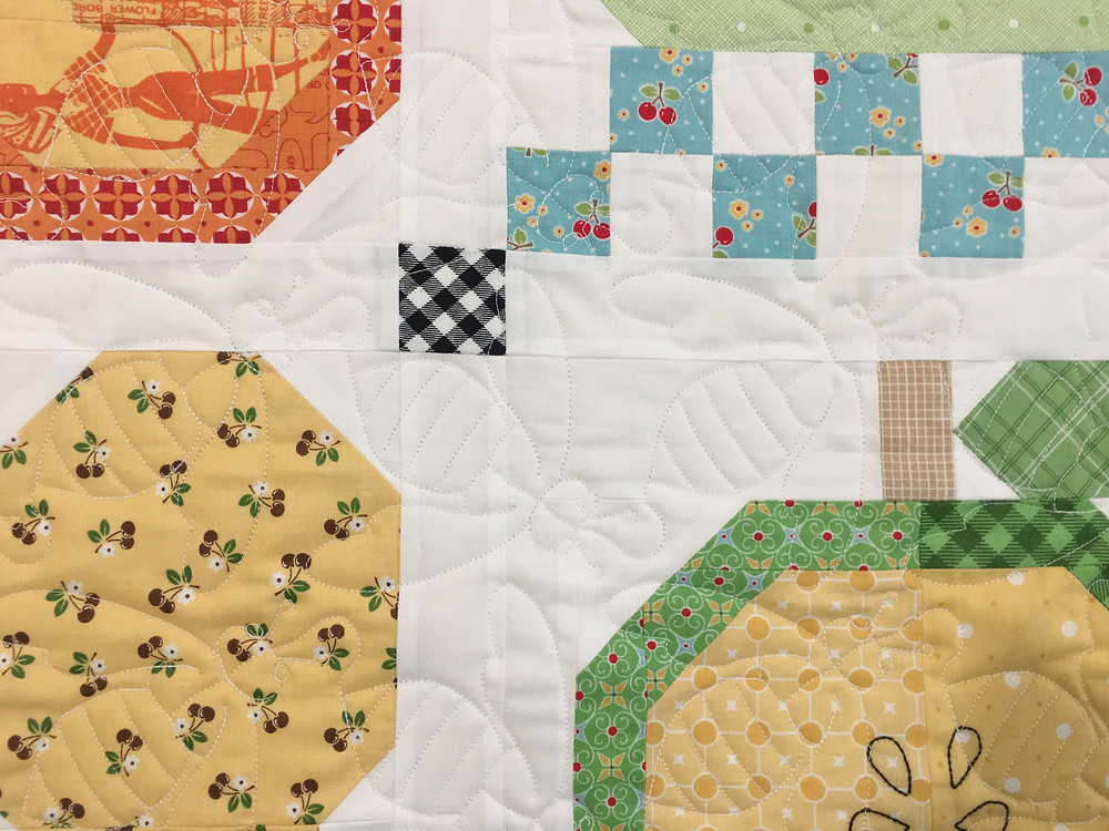 Bumble Bee Quilting Pattern on Vegetable Quilt by Deb Taylor