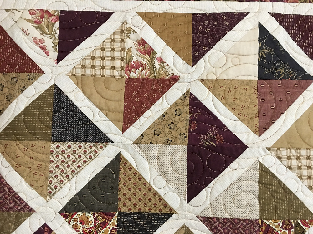 Swirls Quilting Pattern on Lattice by MSQ by Jocelyn Robinson