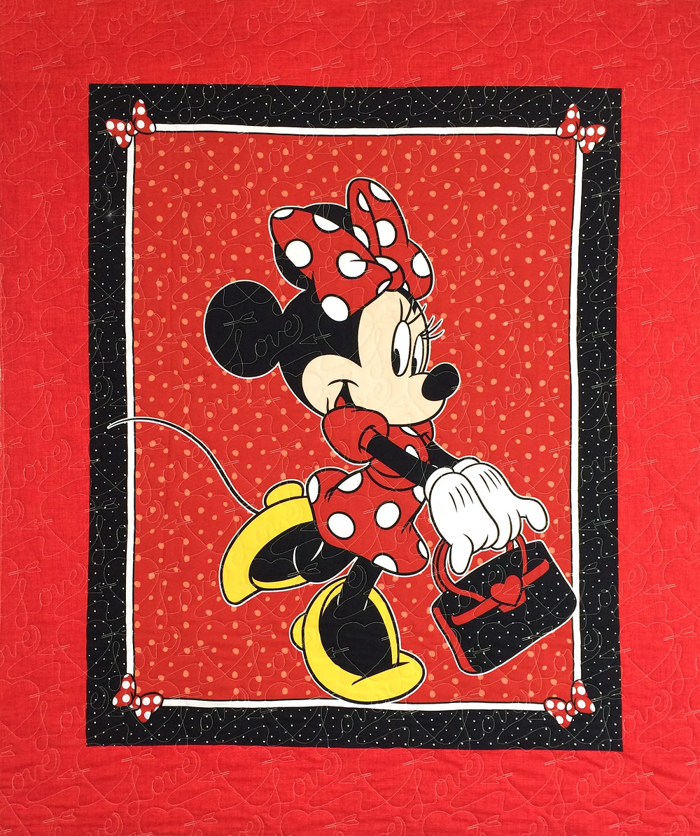 Minnie Mouse Quilt with red polka dot hair bows