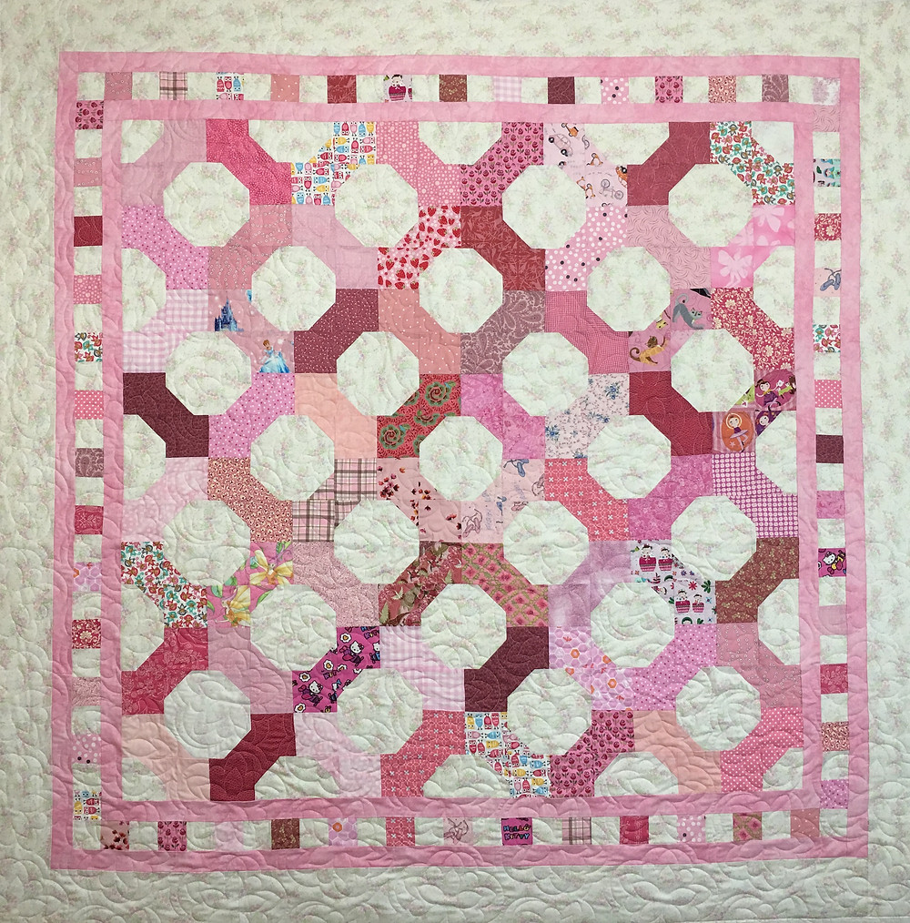 Cheryl Pink and White Bowtie Quilt