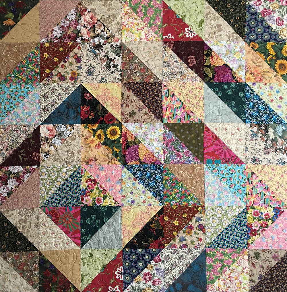 Fiore Diamante Quilt by Sally Krebs