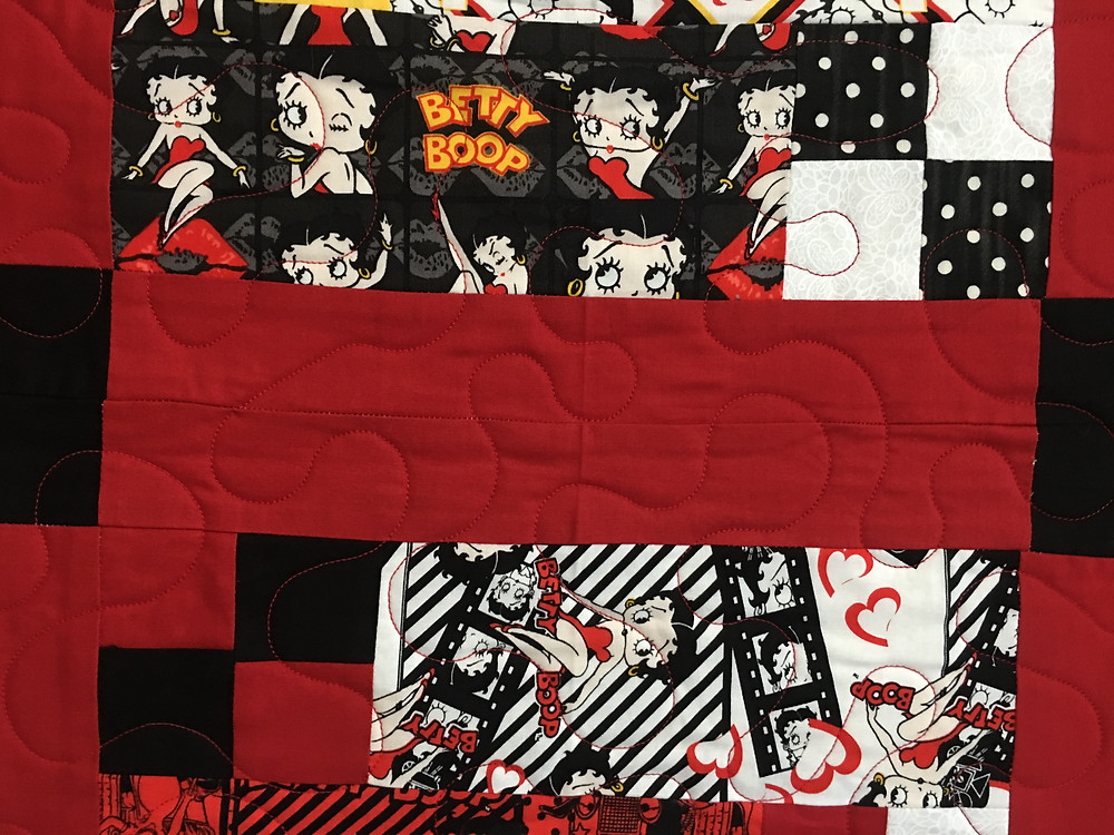 Meander quilting pattern on Betty Boop Quilt by Sandy Benson