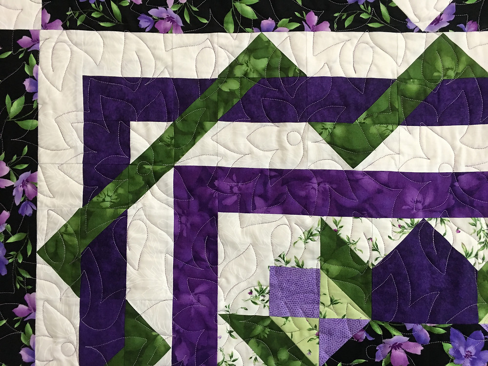 Flowers Quilting Pattern on Stars Among the Violets Quilt by Pam OKane