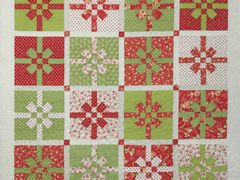 Deb Taylor Christmas Bow Quilt