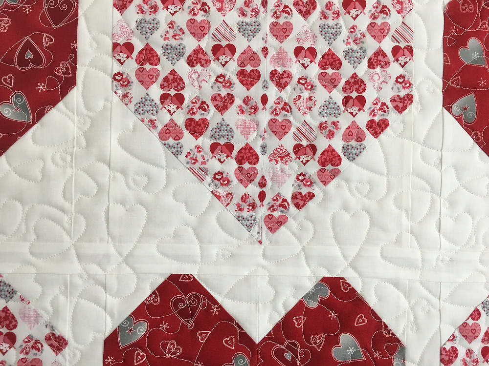 Hearts Quilting Pattern on Valentine's Hearts Quilt by Delfina Guerra