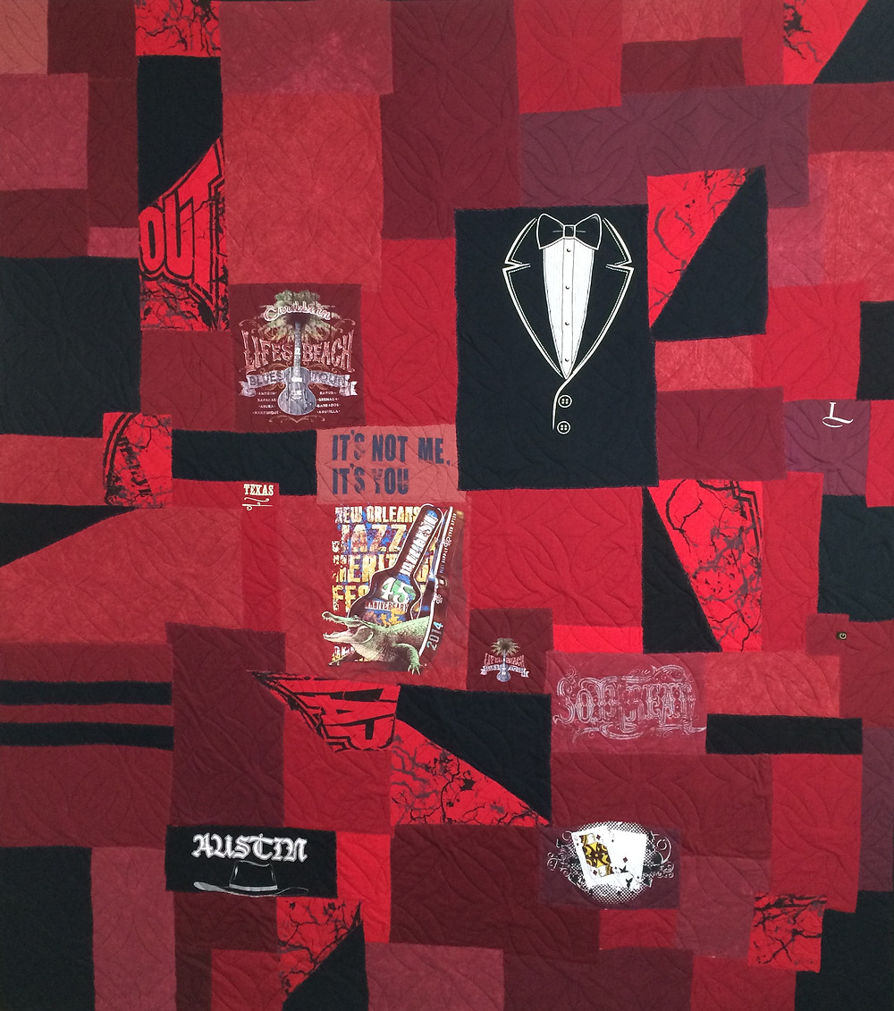 bama t-shirt quilt in shades of red and black