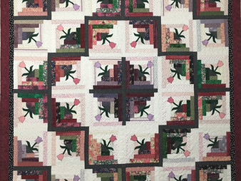 Dolores Stewart Log Cabin with Tulips Quilt
