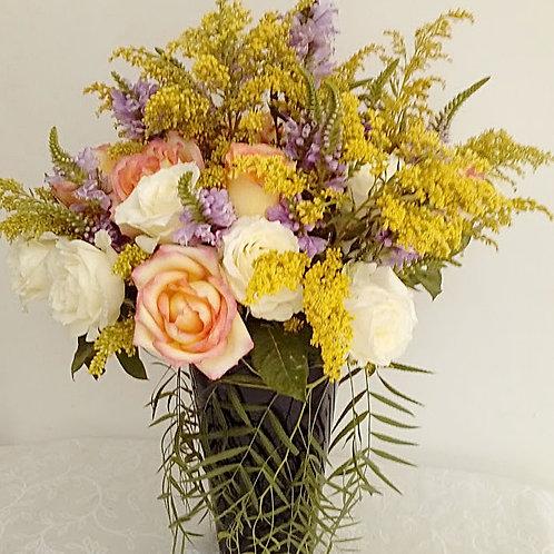Mix de flores em vaso de acrilico - MOD. 007