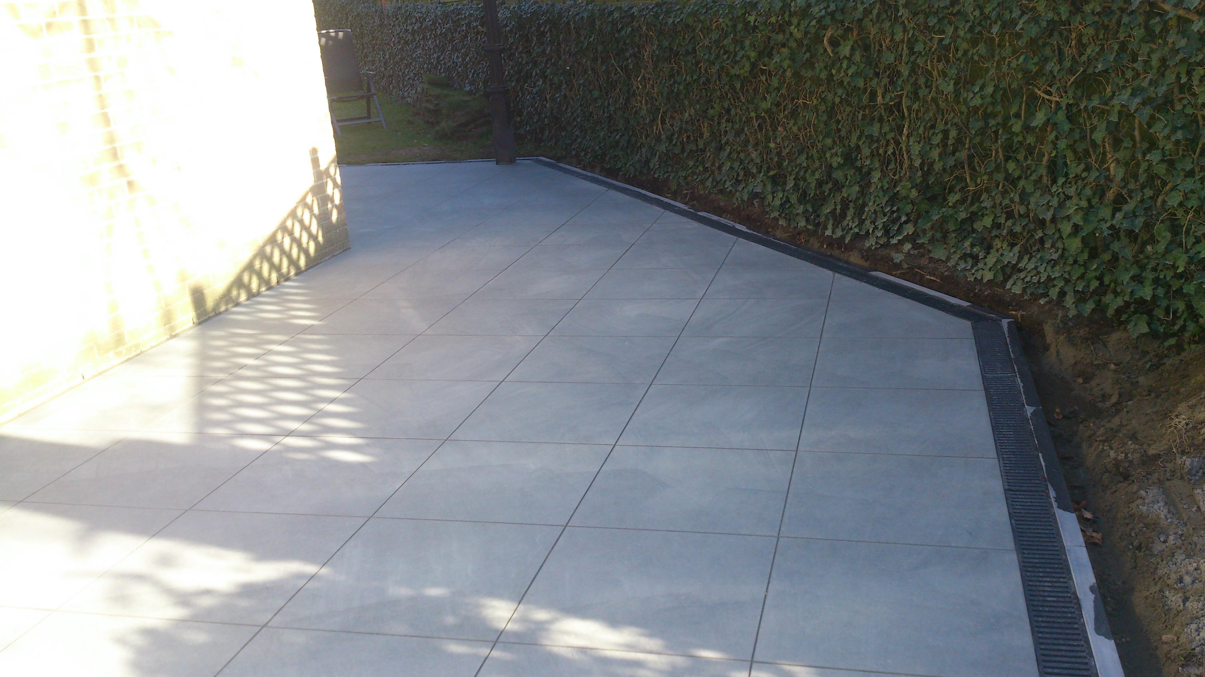 Terras in keramische tegels