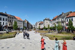 PLACE FERNAND COCQ & CHAUSSEE XL