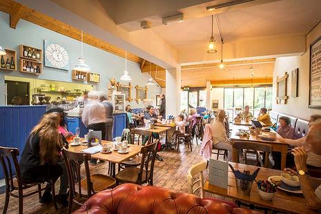 The-Cafe-du-Parc.jpg