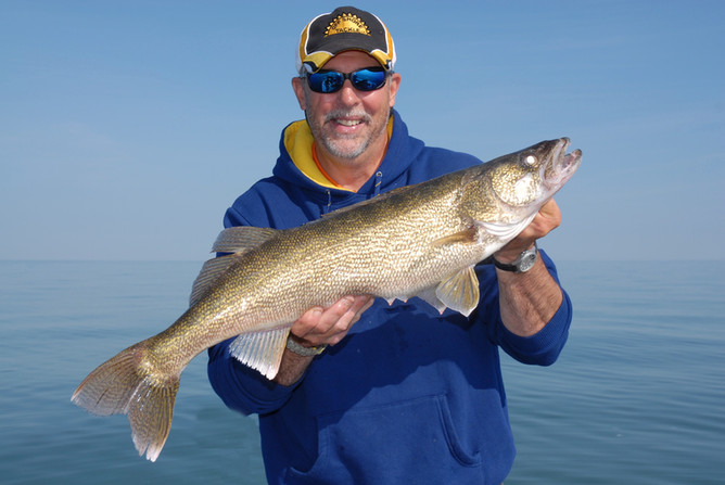 Four Ways To Target Structure Loving Walleye