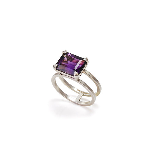 Silver Parallel Ring with Amethyst