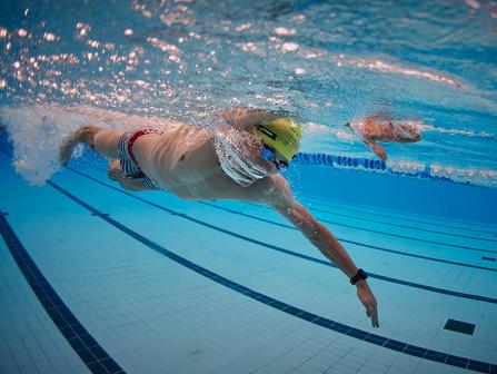 Plavecké závody na 1 500 m a 400 m kraul: Pohled pravdě do očí
