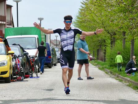 Triatlon v Nové Pace: Každé vítězství se počítá