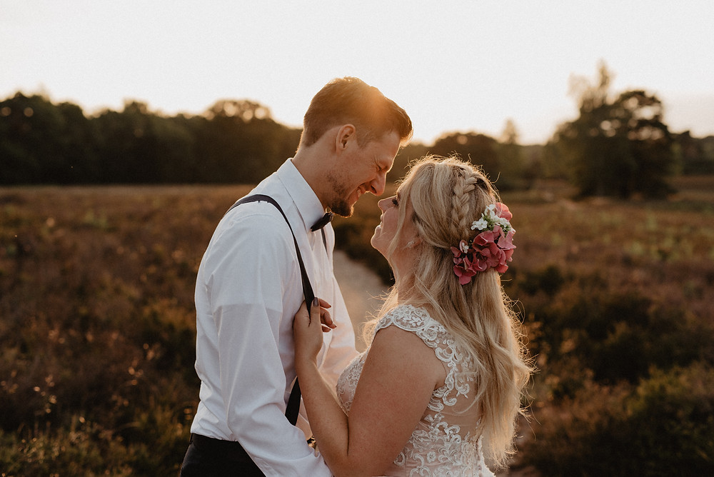 Brautpaarshooting im Abendlicht